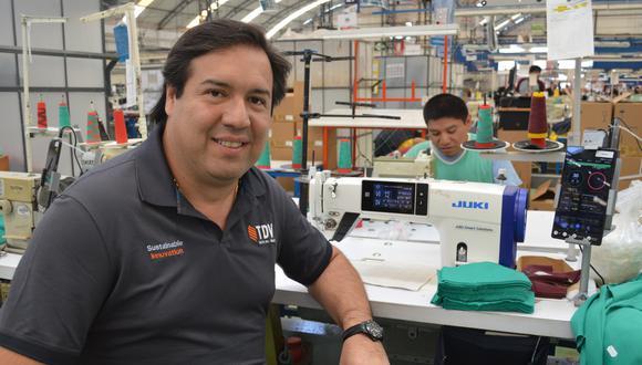 Juan José Córdova sostiene que en cinco años más, Textil del Valle estará en condiciones de competir de igual a igual con las fábricas textiles más grandes de Asia.