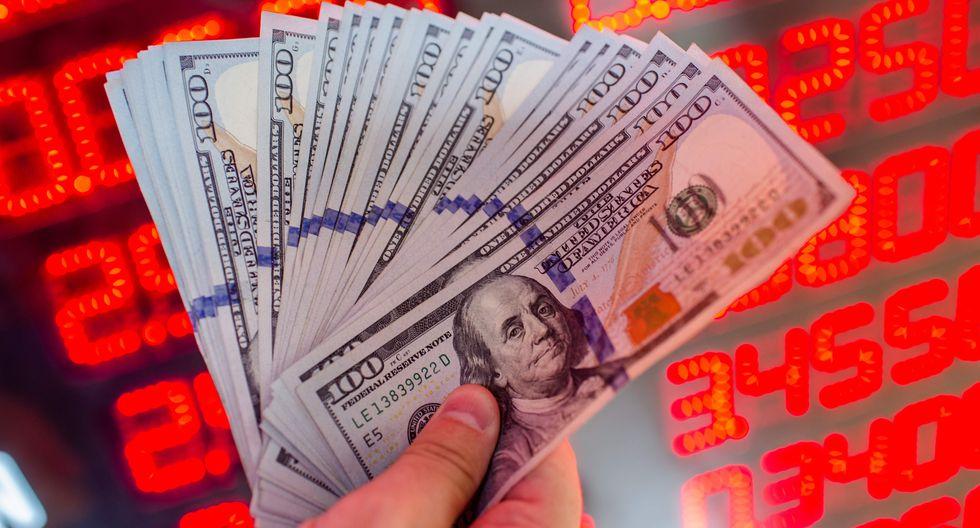 El dólar cerró al alza el lunes en Venezuela. (Foto: AFP)