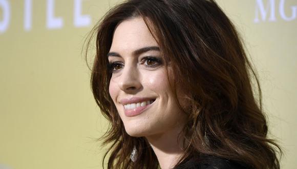 Anne Hathaway sorprende a todos al anunciar su segundo embarazo. (Foto: AFP)