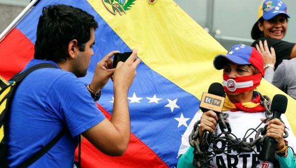 En Venezuela se han reportado durante este año al menos 53 casos de violaciones a la libertad de expresión y agresiones la prensa. (Foto: Reuters)