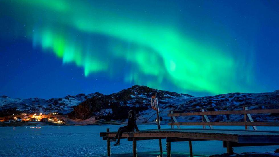Noruega fue sorprendida por los hermosos colores de una aurora boreal que iluminó la noche del sábado 3 de marzo en Unstad, cerca al círculo ártico del Norte. (Foto: AFP)