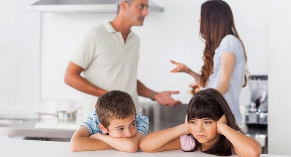 Las discusiones de pareja pueden tener un efecto nocivo sobre los niños en dependencia del tono en que se desenvuelvan, dicen los expertos. (Foto: Getty Images)