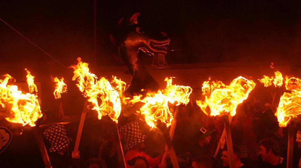Up Helly Aa, el festival dedicado al fuego más grande de Europa - 2