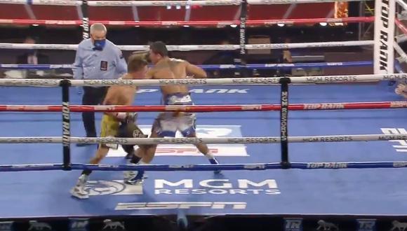 Óscar Valdez venció a Miguel Berchelt: mira el increíble KO para coronarse campeón superpluma de boxeo