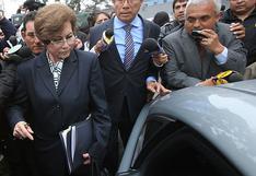 """Elecciones 2021: César Acuña anuncia que Gladys Echaíz se suma """"a la lista de candidatos al Congreso"""""""