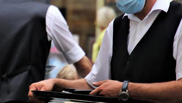 Un camarero decidió compartir una experiencia que tuvo al trabajar usando una mascarilla. (Foto referencial: pasja1000 / Pixabay)
