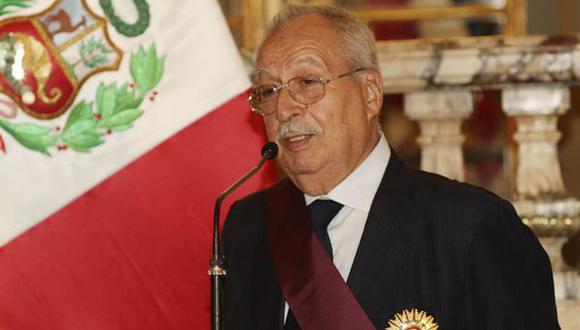 En el 2008, el Gobierno peruano lo nombró como miembro de la comisión de juristas que defendieron los intereses peruanos ante la corte Internacional de Justicia de La Haya. (Foto: Andina)