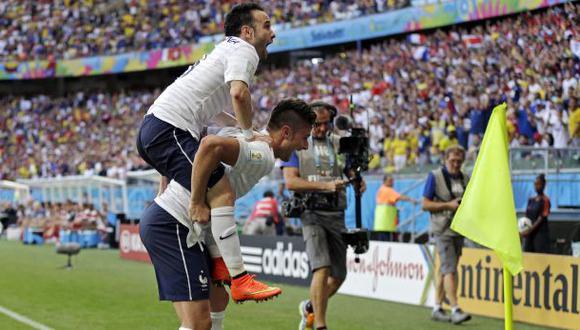 Francia goleó 5-2 a Suiza y se acerca a los octavos de final