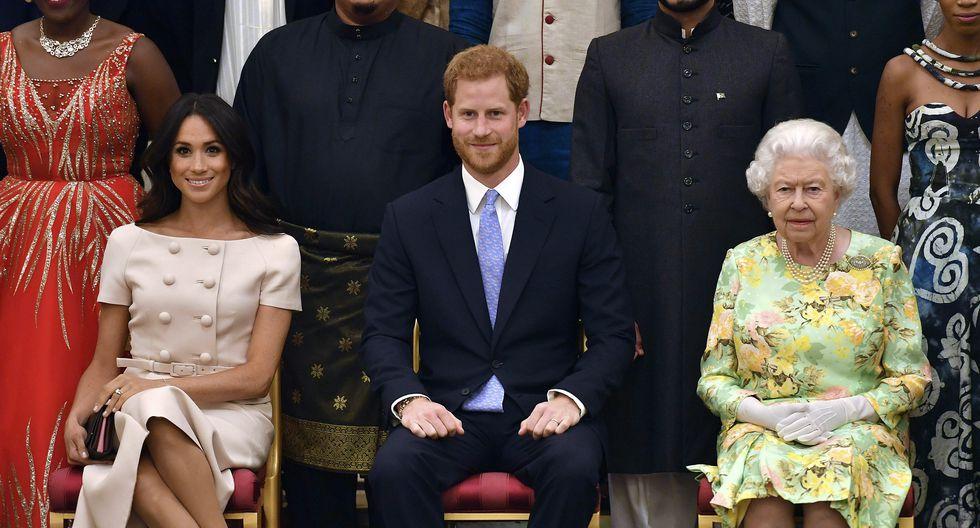 La decisión adoptada por los duques de Sussex ha generado una serie de preguntas sobre el lugar donde vivirá la pareja, de dónde provendrá su dinero y cómo habrá que referirse a ellos. En este artículo disipamos algunas dudas al respecto. (AP)