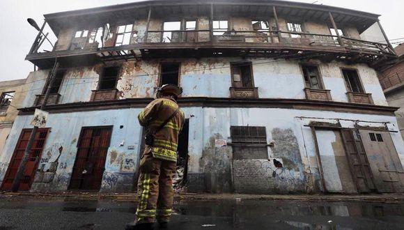 El incendio en el solar El Buque, ubicado en Barrios Altos, se produjo a fines de marzo. (Foto: Municipalidad de Lima)