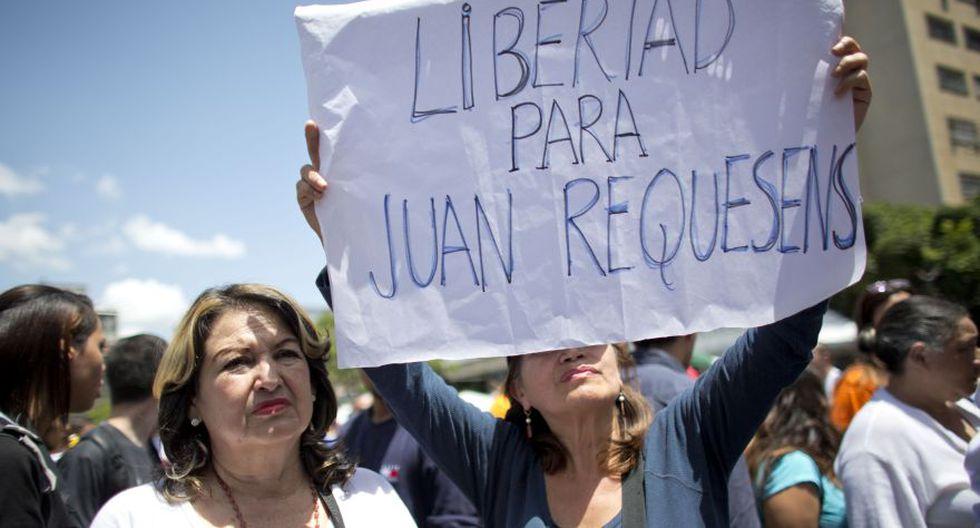 """El parlamentario Juan Andrés Mejía pidió que la """"indignación"""" que sienten los venezolanos por la detención de Requesens los anime a protestar por un cambio de gobierno. (Foto: AP)"""