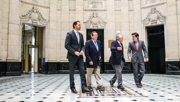 Es la primera vez en la historia de El Comercio que cuatro directores se reúnen en un mismo salón y brindan una entrevista en la que reflexionan sobre la compleja misión de liderar al principal medio de comunicación del Perú.