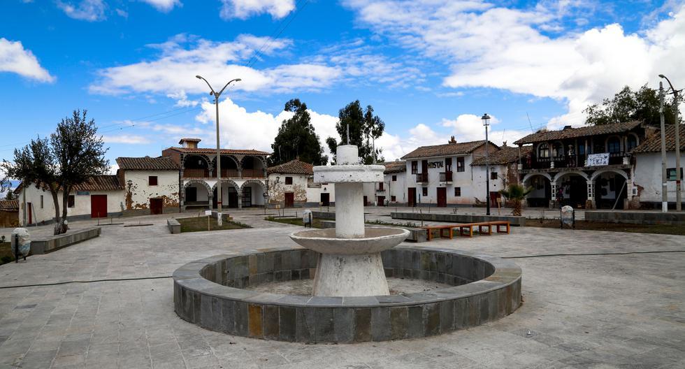 Ahora luce remozada la Plaza de Armas, enchapada en piedra laja.(Foto: Mincetur)