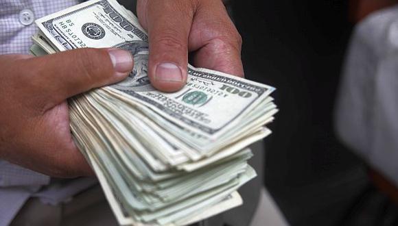 Dólar descendió a S/.2,809 en el mercado cambiario