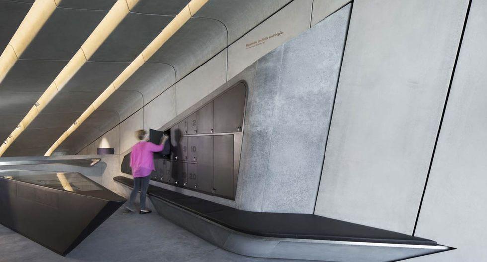 El material principal de la construcción fue el concreto, no solo para darle resistencia a la estructura sino para combinar con el entorno donde priman las piedras. (Foto: Werner Huthmacher / zaha-hadid.com)