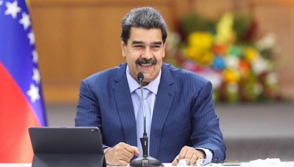 Nicolás Maduro durante una reunión con miembros de la Asamblea Nacional venezolana en el Palacio de Miraflores, en Caracas. (Foto: AFP / Venezuelan Presidency).