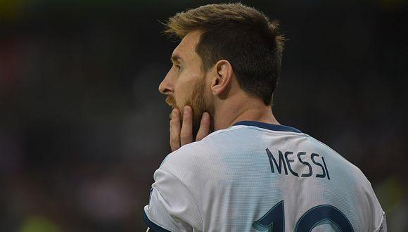 Lionel Messi anotó el empate en el Argentina vs Paraguay. ¿Podrá la albiceleste avanzar a la siguiente fase? Aquí las probabilidades. (Foto: AFP)
