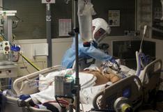 EE.UU. registra 835 fallecidos y 176.795 contagios por coronavirus en un día