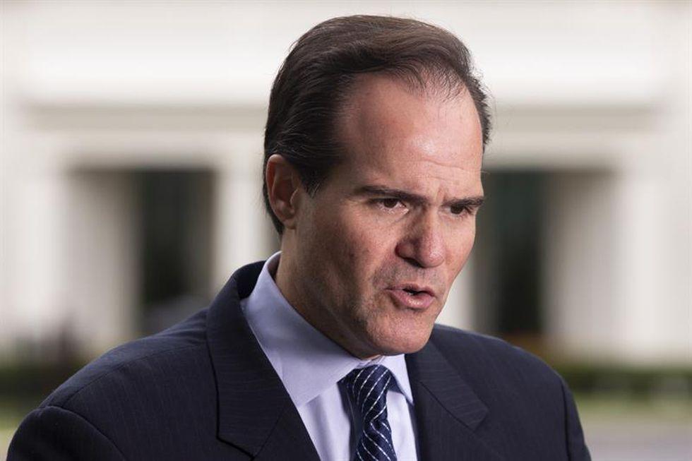 En la imagen, el encargado de Latinoamérica en la Casa Blanca, Mauricio Claver-Carone. (Foto: EFE)