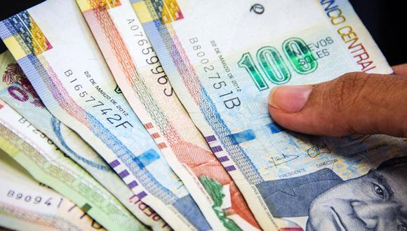 El Estado peruano ha dispuesto alternativas para que al cobrar el bono, se pueda procurar el distanciamiento social mediante la Banca Celular. (Foto: Andina)
