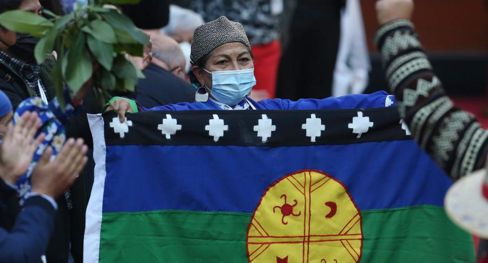 Elisa Loncón, constituyente mapuche, fue electa el lunes presidenta de la Convención Constitucional de Chile durante la sesión inaugural en el antiguo Congreso Nacional, en Santiago. (Foto: EFE/Elvis González)