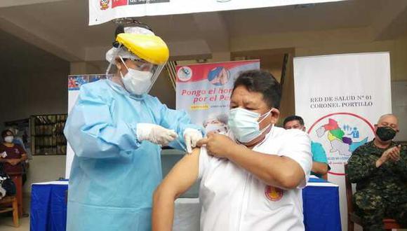 """Ugarte precisó que del reporte preliminar de la Contraloría """"lo más grave es que se haya vacunado a extrabajadores"""". (Foto referencial: Minsa)"""