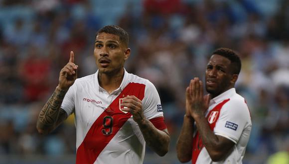 Paolo Guerrero y Jefferson Farfán debutaron en la selección peruana adulta al mando de Paulo Autuori. (Foto: AFP / Jeferson Guareze)