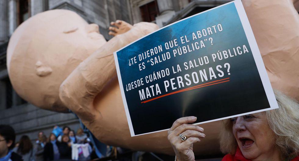 Facebook   Enfermera argentina pide a colegas causar mucho dolor si se legaliza el aborto. (Foto: EFE).