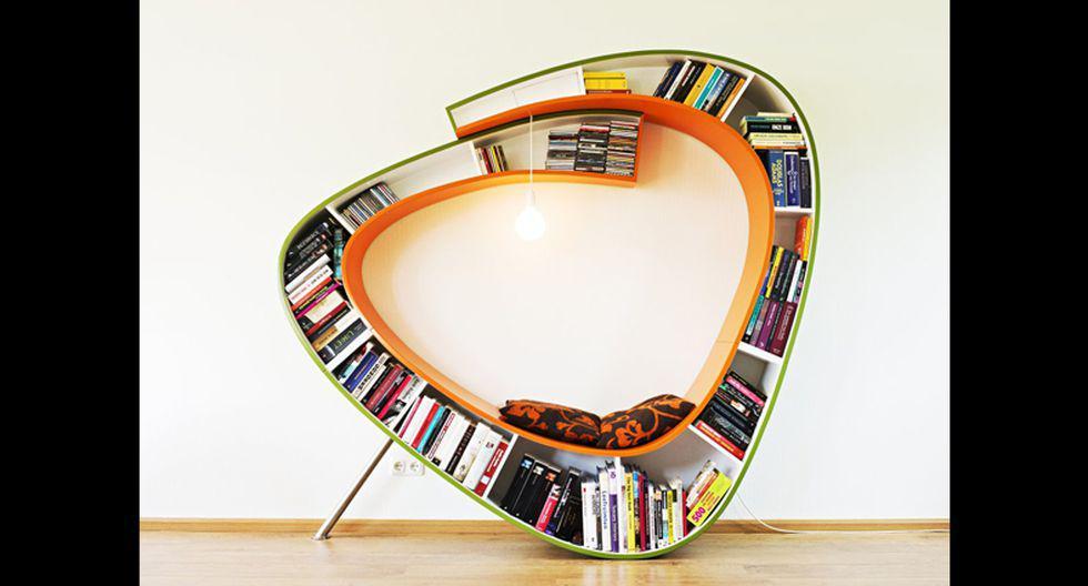 El librero bookworm también sirve de asiento y tiene una conexión eléctrica para lograr buena iluminación. (Foto: aryse.org)
