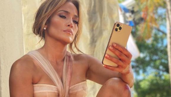 Jennifer Lopez compartió una serie de imágenes en el descaso de su nueva película 'Shotgun Wedding' que asombraron a sus seguidores. (Foto: @jlo / Instagram)