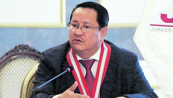 Luis Arce Córdova declinó a su cargo como miembro del JNE. (Foto: JNE)