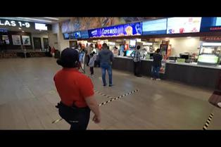 Reabren salas de cine comercial en Colombia