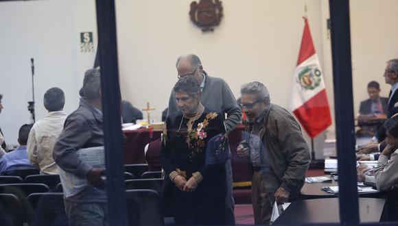 La fiscalía ha solicitado que la cúpula de Sendero Luminoso, entre ellos su cabecilla Abimael Guzmán, sea sentenciado a cadena perpetua. (Foto: Archivo El Comercio)