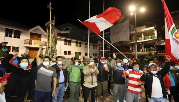 Manifestantes nuevamente salieron a las calles para mostrar su rechazo por el frustrado diálogo con las empresas ferroviaria y amenazaron con irse a un paro regional. (Melissa Valdivia)