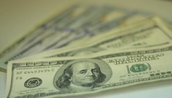 El dólar habría descendido con el incremento en las ventas de la divisa luego de que el tipo de cambio alcanzara los 19.200 en la sesión anterior. (Foto: USI)
