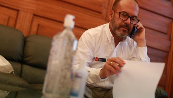 Víctor Zamora compartió una publicación de la Sunat que informaba sobre la llegada y recepción de los equipos comprados por el Minsa.