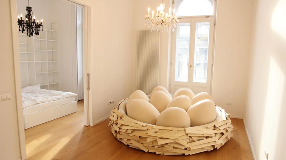 Relájate en este mueble con forma de nido de pájaro - 1