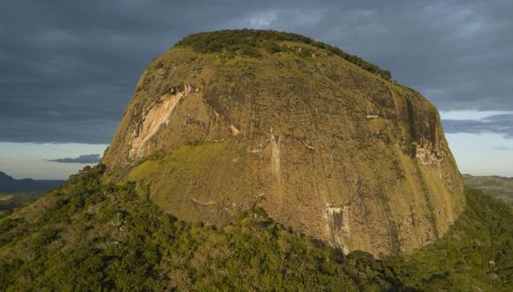 El Monte Lico se encuentra en el norte de Mozambique. (Foto: Jeffrey Barbee para AllianceEarth.org)