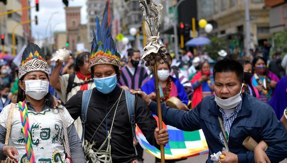 """Miles se volcaron a las calles en medio de la pandemia para elevar la presión sobre el mandatario con el cuarto """"paro nacional"""". (Foto: AFP)"""