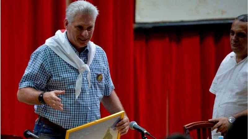 """El presidente cubano calificó de """"delincuentes"""" a los que se manifestaron en su contra. (AFP)."""