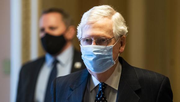 Mitch McConnell, líder de la mayoría republicana en el Senado. (EFE/EPA/JIM LO SCALZO).