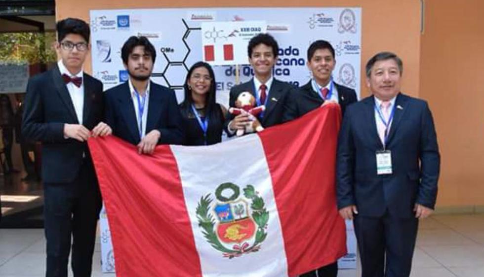 Héctor Rodríguez y Renzo Mattos Cahui ganaron medallas de oro en la Olimpiada Iberoamericana de Química (Foto: Andina)