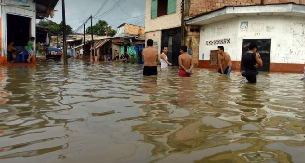 Cientos de familias de Iquitos quedaron inundados luego de una torrencial lluvia sucedida esta madrugada, informó el Senamhi (Foto: Daniel Carbajal)