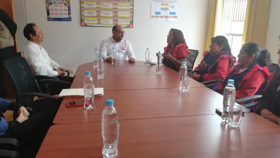 Daniel Alfaro firma convenio para creación de instituto de excelencia en Abancay