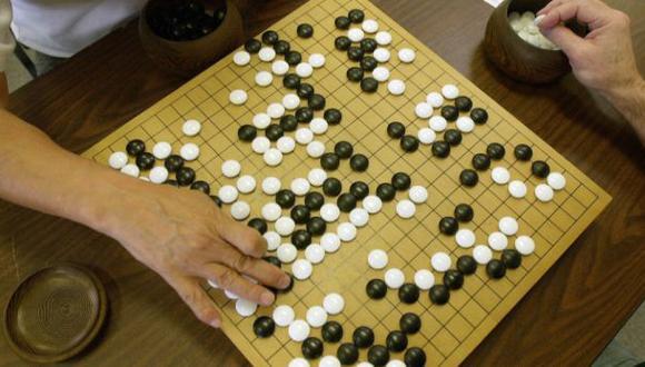 Computadora vence a humano en ancestral juego chino Go