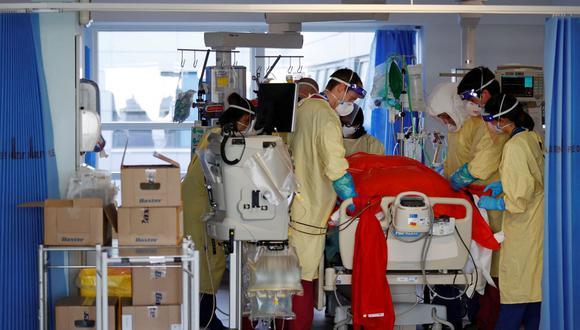 Una unidad de cuidados intensivos del Hospital Queen Alexandra en Portsmouth, sur de Inglaterra. (Foto de ADRIAN DENNIS / AFP).