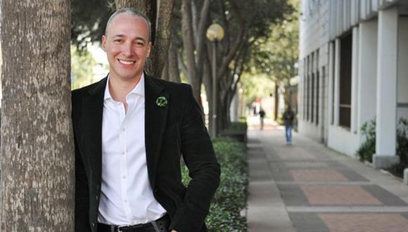 Wall Street da la bienvenida a primer banco liderado por un gay
