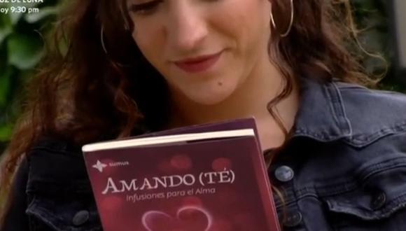 Sofía terminó de leer el libro deHoracio Pendavis y le envió un mensaje de agradecimiento. El escrito le respondió y anunció su llegada a Lima. ¿Acaso se conocerán en persona? (Foto: De vuelta al barrio / América TV)