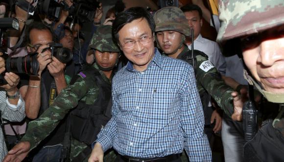 Tailandia: Militares apresan a ministro Educación