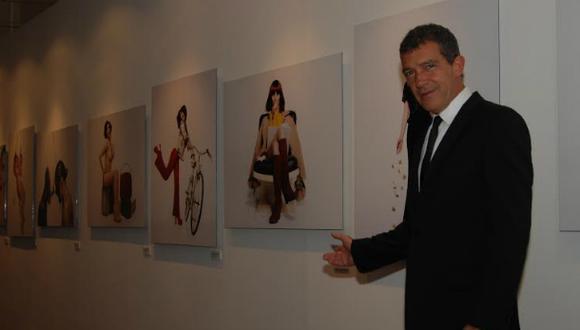 """Antonio Banderas inauguró muestra fotográfica """"Women in Gold"""""""